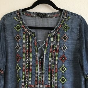 Tolani Tops - Tolani Chambray Embroidered Tunic Top Size Small